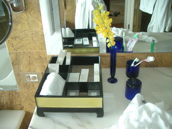 Bathroom Amenities bathroom amenities - picture of the ritz-carlton, millenia