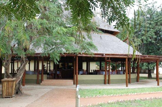 "Gorongosa National Park, Mozambique: Restaurant ""Chikalango"""