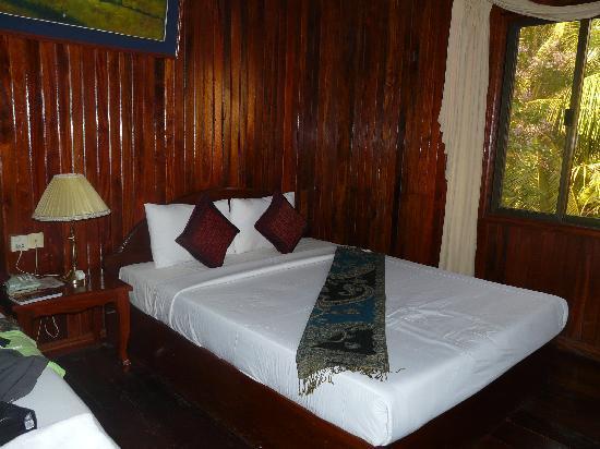 Neak Pean Hotel: room
