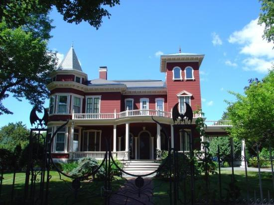 Best Bangor Maine Hotels