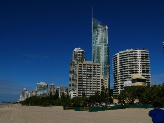 Q tower surfers paradise