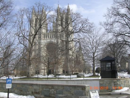 Old Town Trolley Tours of Washington DC: National Cathedral in Washington D.C.