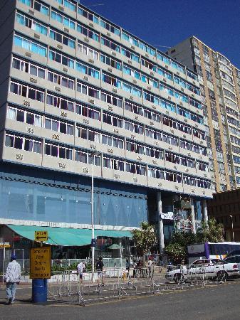 Gooderson Tropicana Hotel: la facade