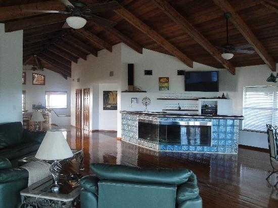 Melody Key: Living room.