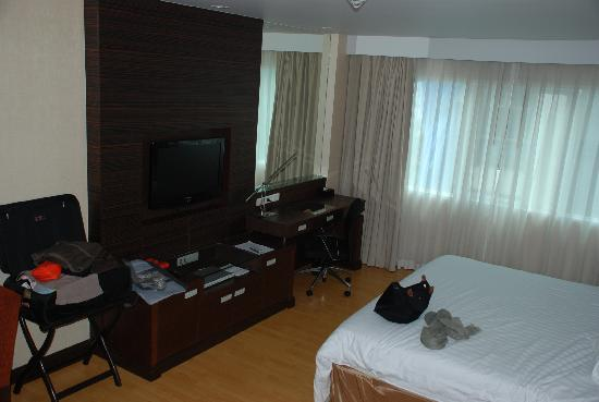 Legacy Suites Sukhumvit by Compass Hospitality: Room - studio