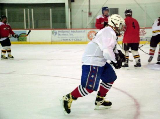 Cafe Strega : Old Buzzard Hockey Player