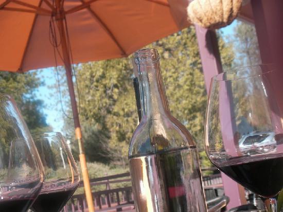 Bocconato Trattoria: lunch outside in the sun