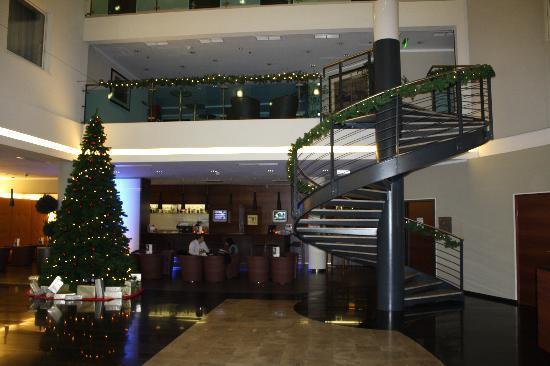 โรงแรม เอ็นเอช บูดาเปสต์: Hotel Lobby