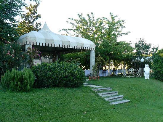 Hotel Villa Del Quar: Bar de la piscine