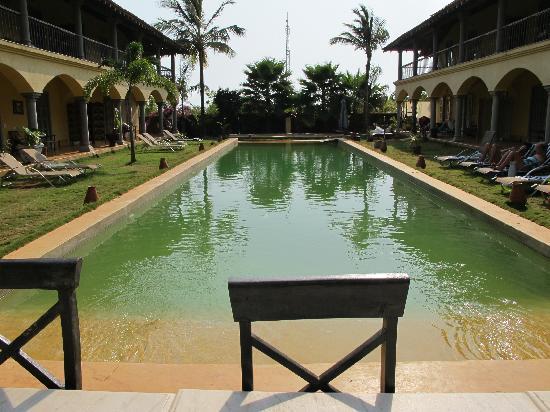 Sur La Mer: Pool