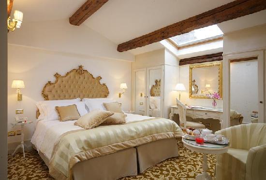 Hotel Al Duca di Venezia: Superior Room