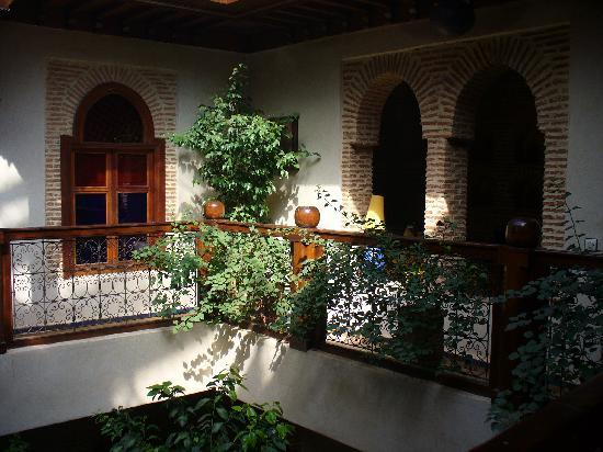 Riad Maipa: First Floor Gallery View