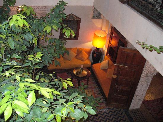 Riad Maipa: View into Patio