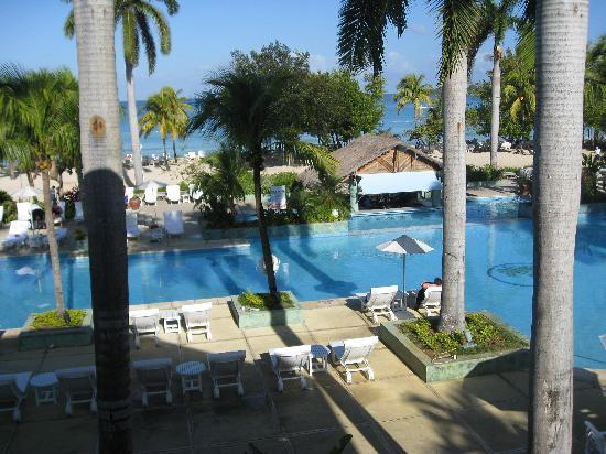 Couples Negril: Early Morning from Lobby