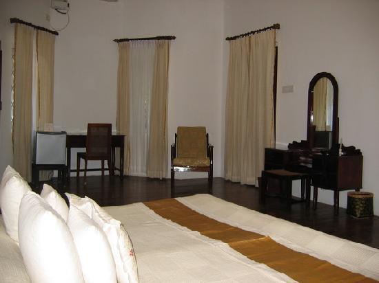 Hotel Victory Dawn : chambre