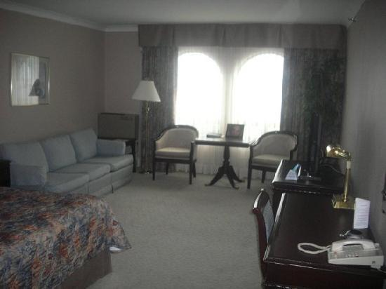 Fredericton Inn: The Room in the Executive Block