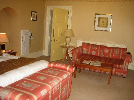 Pontlands Park: comfortable sofa in room