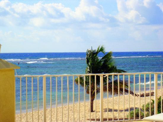 Bodden Town, Grand Cayman: Beach