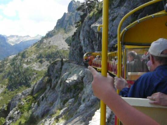 Fabregues, Frankrig: En ocasiones el vertigo acompaña el oaseo en tren. (O'hara)
