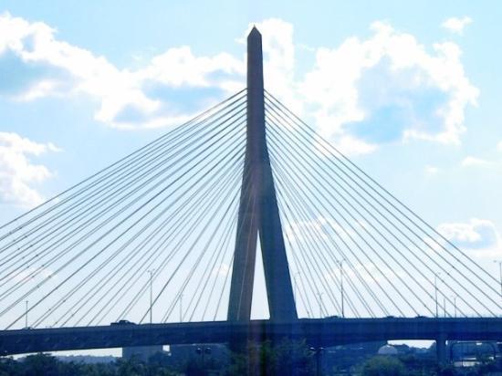 Leonard P. Zakim Bunker Hill Bridge Photo