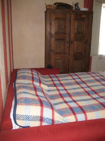 Residence Artemura : sofá cama