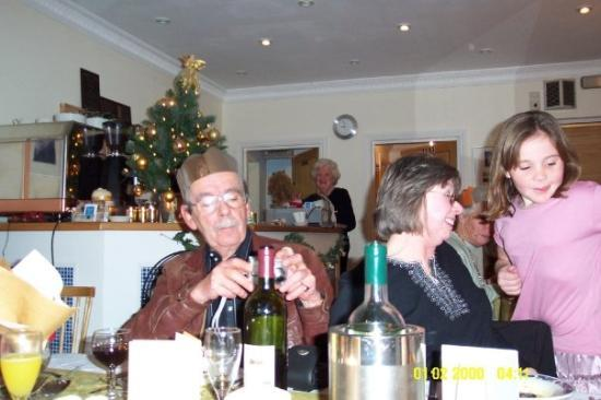 Poole, UK: Uncle Ed, Aunt Min and Alexis
