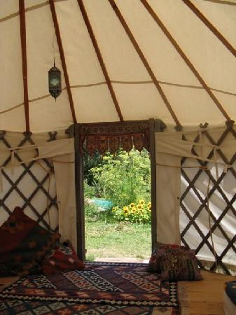Okuti Garden: Yurt