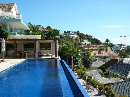Compass House: Pool