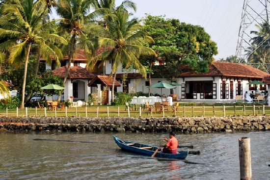 Heritage Methanam: View from Back water