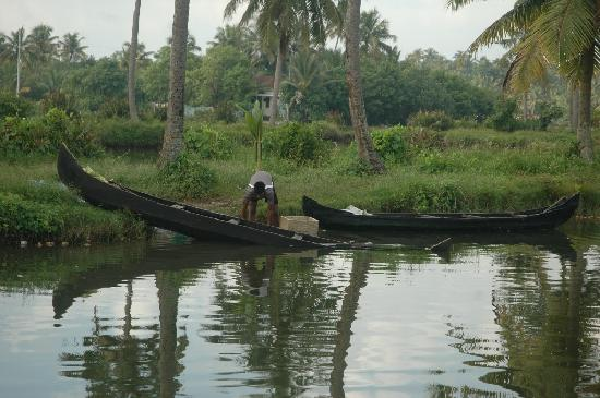 Heritage Methanam : Country fishing boats