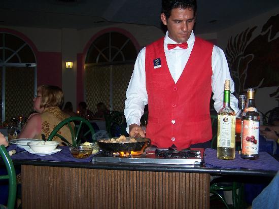 Brisas del Caribe Hotel: dinner