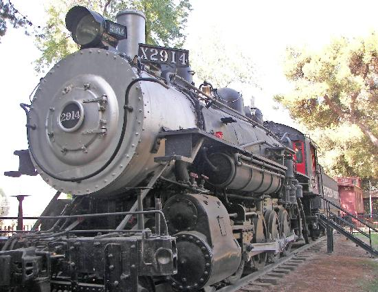 Bakersfield, CA: Southern Pacific Steam Locomotive