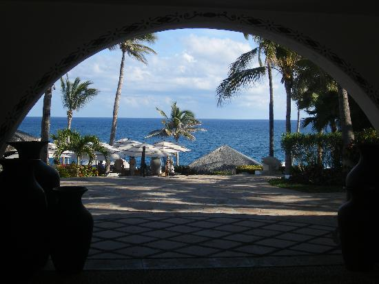 One & Only Palmilla: entry way to the resort at the front entrance