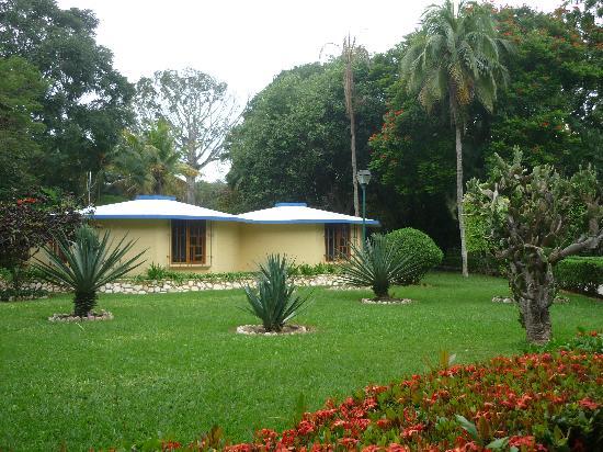 Hotel Nututun Palenque: Habitaciones tipo bungalow