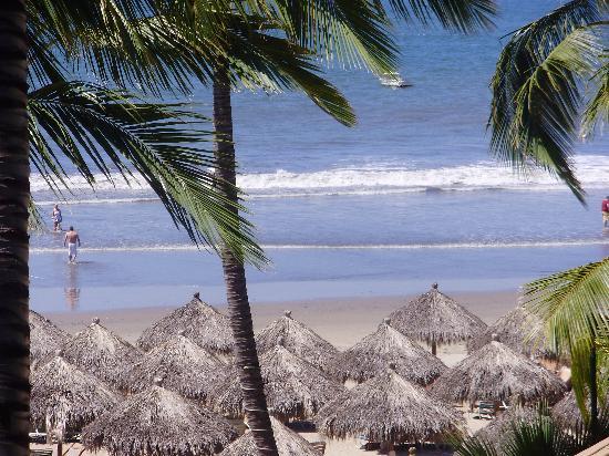 Paradise Village Beach Resort & Spa: Beach view from Marina Side room!