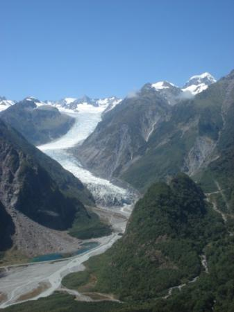 Wanaka, New Zealand: biggest glacier in Nz