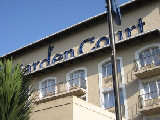 Garden Court O.R. Tambo International Airport: JNB Garden Court Hotel