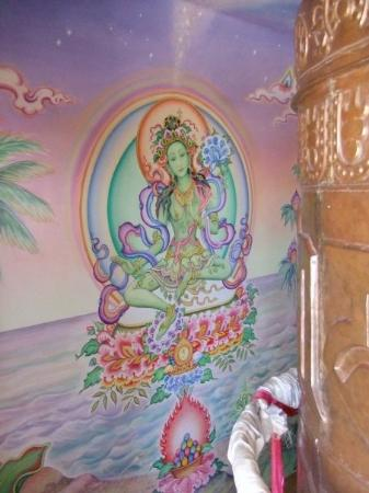 Paia, HI: Inside of a buddhist stupa.