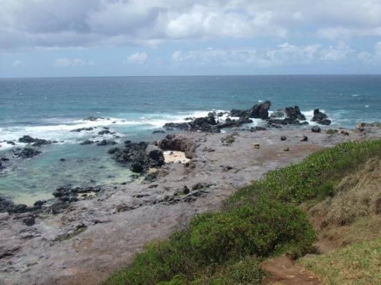 beach between Paia and Twin Falls
