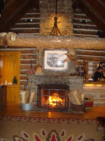 Trail Creek Cabin: Entry-way Fireplace