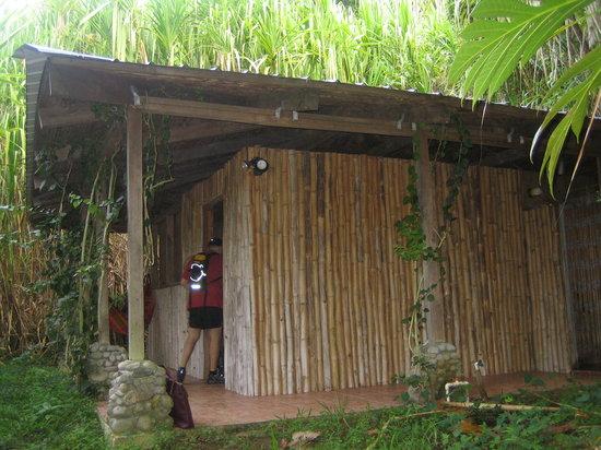 Rainforest Shangri-La Resort: Our Cabin