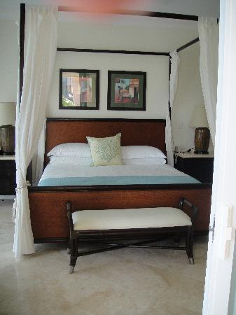 Seven Stars Resort & Spa: Suite Master Bedroom
