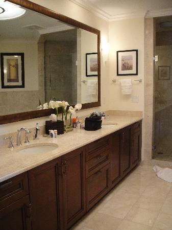 Seven Stars Resort & Spa: Suite Master Bathroom