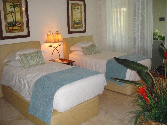 Seven Stars Resort & Spa: Suite 2nd Bedroom
