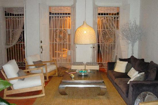 Hotel Portes 9: lobby