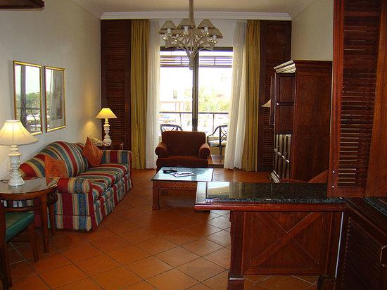 منتجع وسبا ماريوت وادي الأردن: Living Room