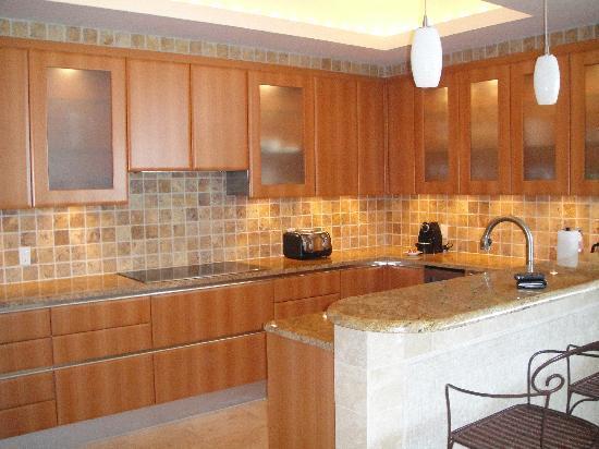 Seven Stars Resort & Spa: Full kitchen