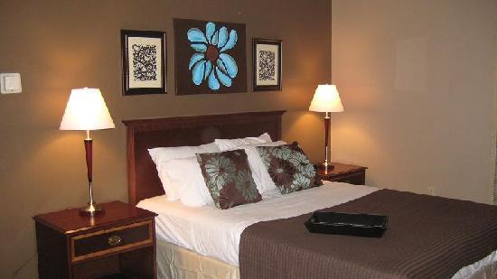 Alder Inn: Room 102