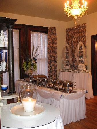 234 Winder St Inn: Delicious spread