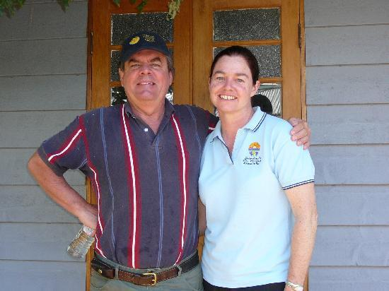 Diamondvale B&B Cottages: Our Wonderful Hosts Kerrin & Tony
